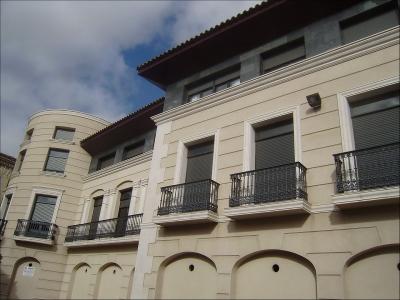 fachada-villarobledo-2-1080x1440